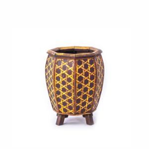 Vaso oval em madeira